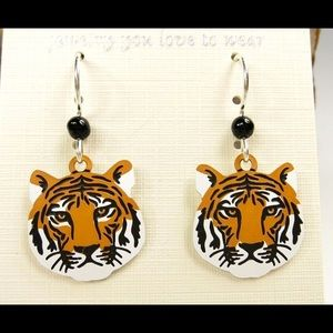 Jewelry - Like New Etched Brass Tiger Face Earrings 🐅🐅🐅